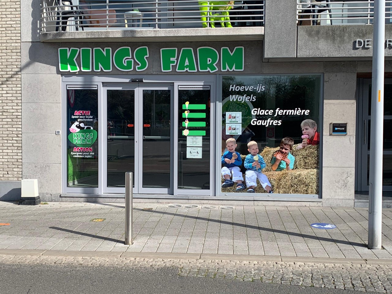 Kings Farm foto winkel Bredene front website